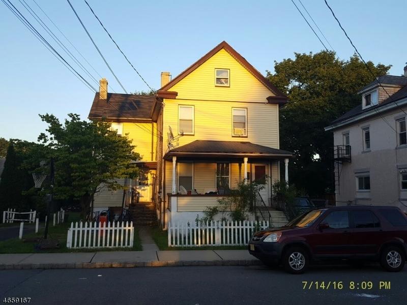 Casa Multifamiliar por un Venta en 18 Trenton St, A B Dover, Nueva Jersey 07801 Estados Unidos