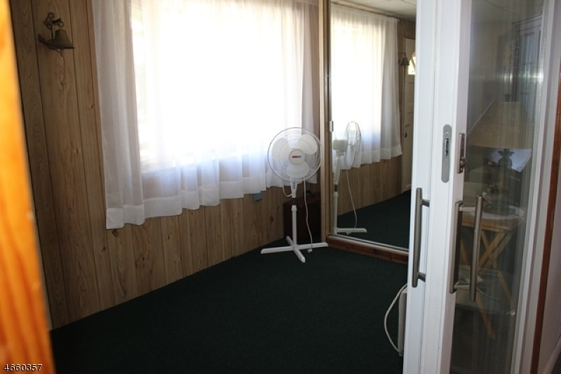 Additional photo for property listing at 30 Huff Street  Wharton, Нью-Джерси 07885 Соединенные Штаты