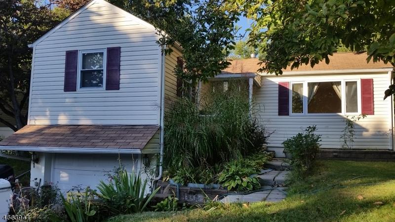 Casa Unifamiliar por un Alquiler en 50 Oakwood Avenue Mine Hill, Nueva Jersey 07803 Estados Unidos