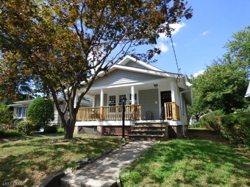 独户住宅 为 销售 在 24 Day Street 布鲁姆菲尔德, 新泽西州 07003 美国