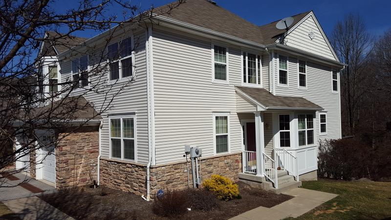 Single Family Home for Rent at 22 Black Bear Court Hamburg, 07419 United States