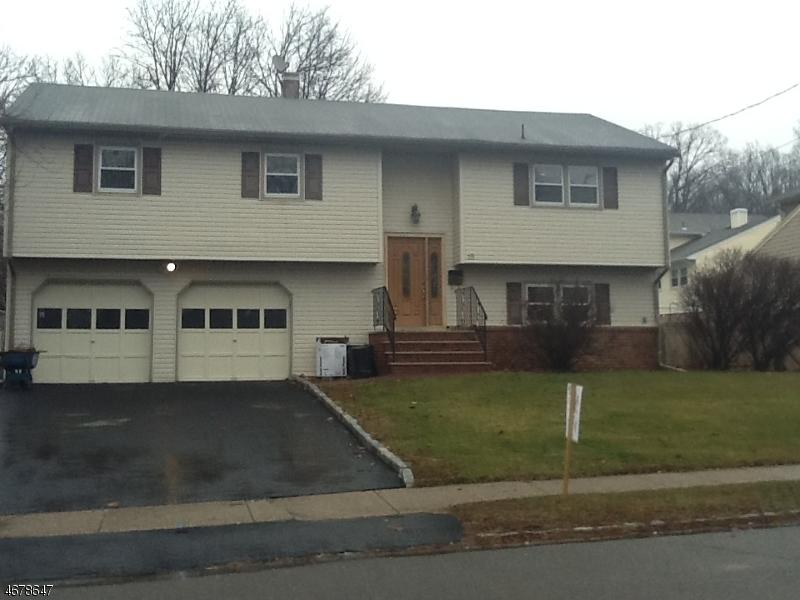 独户住宅 为 出租 在 19 Debbie Place Dover, 新泽西州 07801 美国