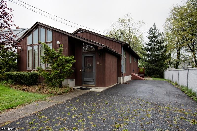独户住宅 为 销售 在 -89 WHITEHALL ST 1X 费尔劳恩, 新泽西州 07410 美国