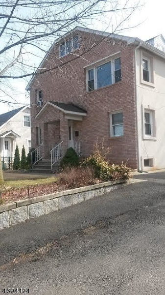 Casa Unifamiliar por un Alquiler en Address Not Available Woodbridge, Nueva Jersey 07067 Estados Unidos