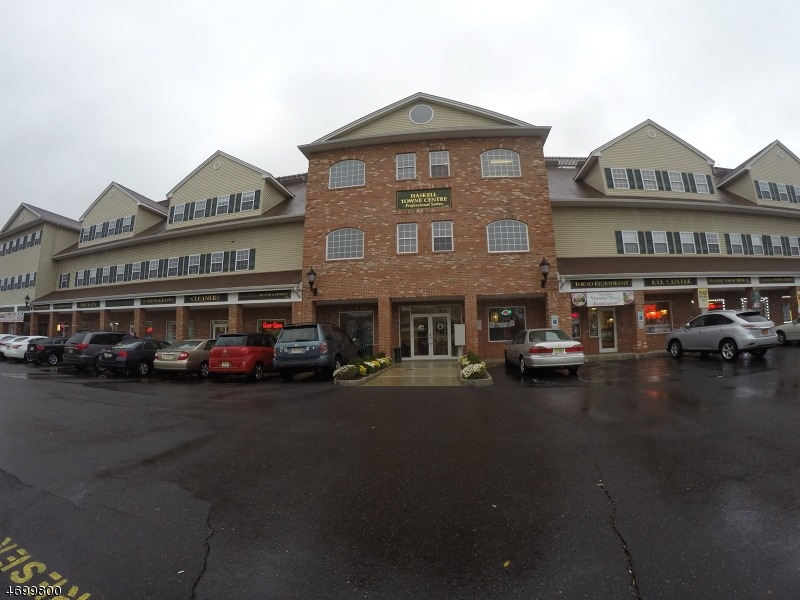 Additional photo for property listing at 1069-103 Ringwood Ave 103 B 1069-103 Ringwood Ave 103 B Wanaque, New Jersey 07420 United States