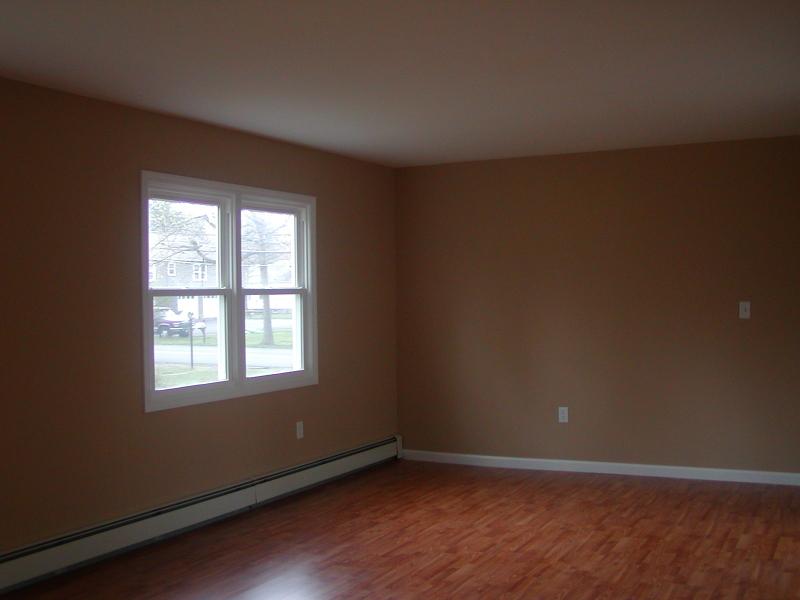 Casa Unifamiliar por un Alquiler en 283 Ryerson Road Lincoln Park, Nueva Jersey 07035 Estados Unidos