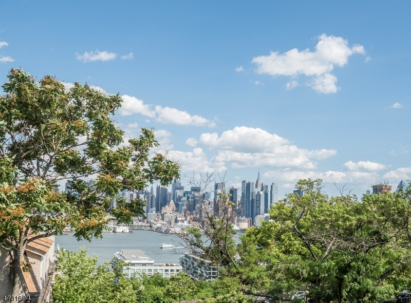 Land for Sale at Address Not Available Weehawken, New Jersey 07086 United States