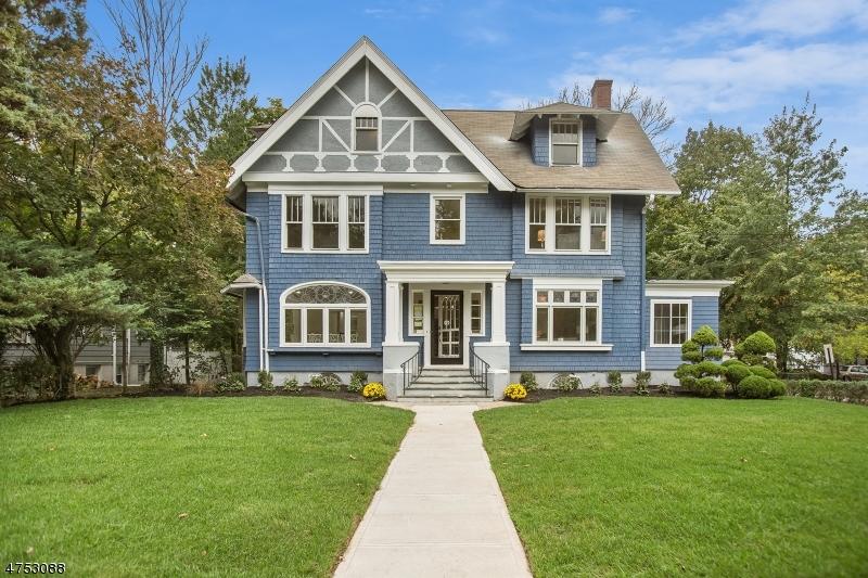 Maison unifamiliale pour l Vente à 595 Berkeley Avenue Orange, New Jersey 07050 États-Unis