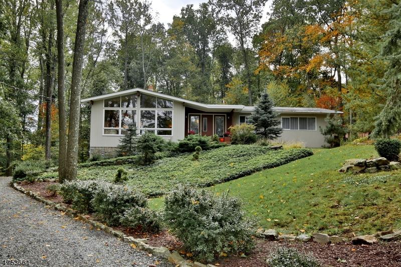 一戸建て のために 売買 アット 7 Deer Court Chester, ニュージャージー 07930 アメリカ合衆国