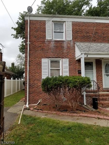 Casa Unifamiliar por un Alquiler en 1007 Walnut Street Linden, Nueva Jersey 07036 Estados Unidos