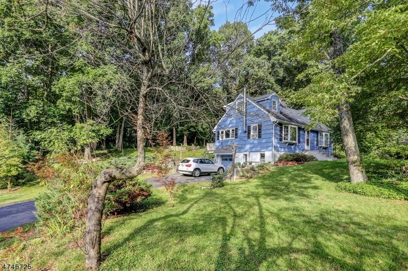Частный односемейный дом для того Аренда на 76 Edison Road Sparta, Нью-Джерси 07871 Соединенные Штаты