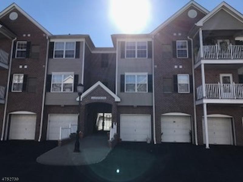 Casa Unifamiliar por un Alquiler en 22 Redspire Drive Union, Nueva Jersey 07083 Estados Unidos