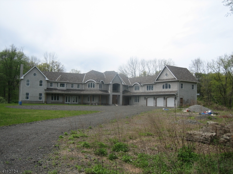 Single Family Home for Sale at 98 Meyer Farm Road 98 Meyer Farm Road Boonton Township, New Jersey 07005 United States