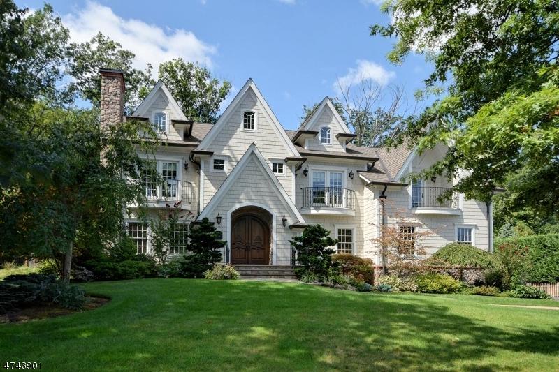 Частный односемейный дом для того Продажа на 1081 Minisink Way Westfield, Нью-Джерси 07090 Соединенные Штаты