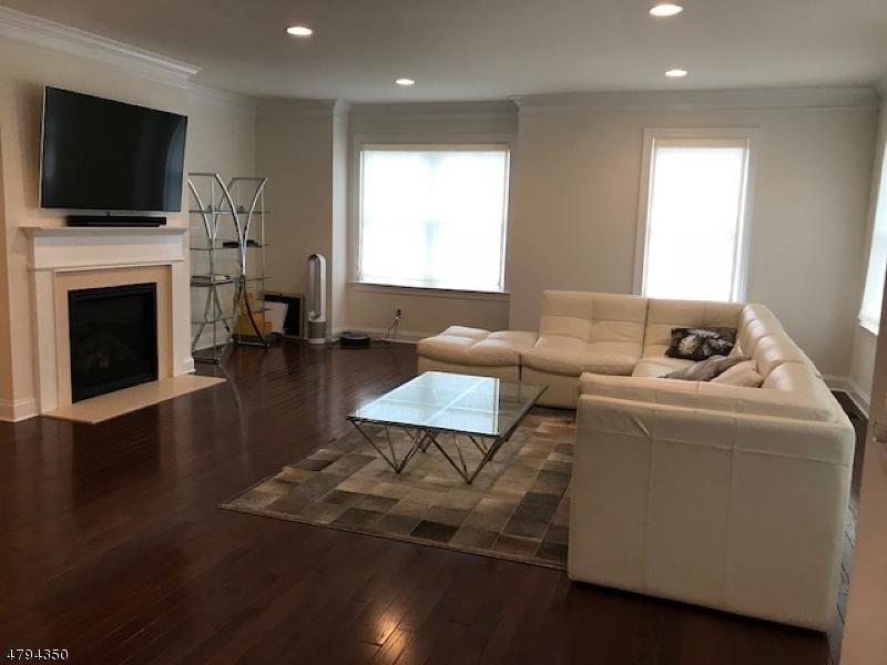Eigentumswohnung / Stadthaus für Mieten beim 34 Park Place Mountain Lakes, New Jersey 07950 Vereinigte Staaten