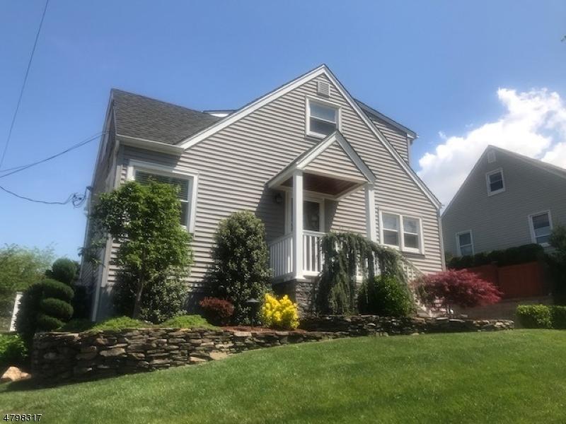 独户住宅 为 销售 在 170 Arlington Blvd North Arlington, 新泽西州 07031 美国