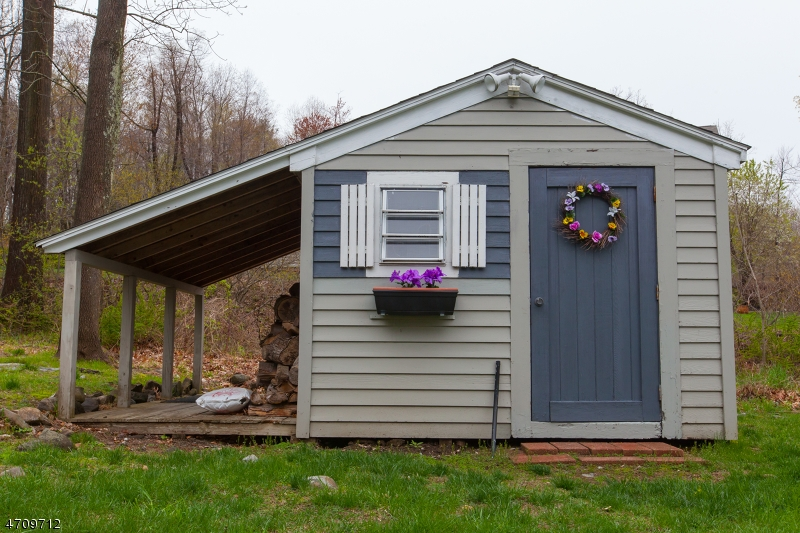 Additional photo for property listing at 1 Woodstock Drive  Vernon, New Jersey 07461 Stati Uniti