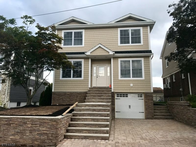 Single Family Home for Sale at 388 Marlboro Road Wood Ridge, New Jersey 07075 United States