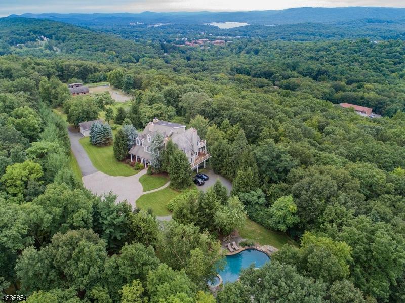 独户住宅 为 销售 在 332 CONKLINTOWN Road 令伍特, 新泽西州 07456 美国