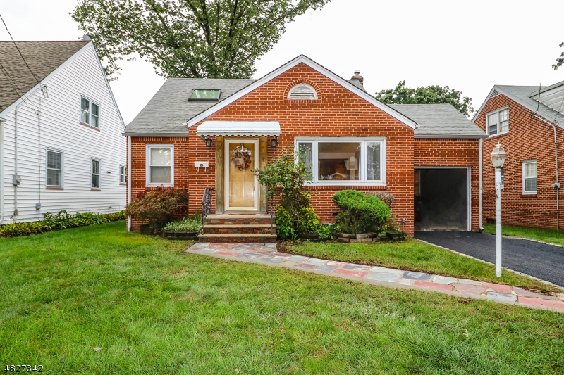 Single Family Home for Sale at 400 HUNTINGTON ROAD Union, New Jersey 07083 United States