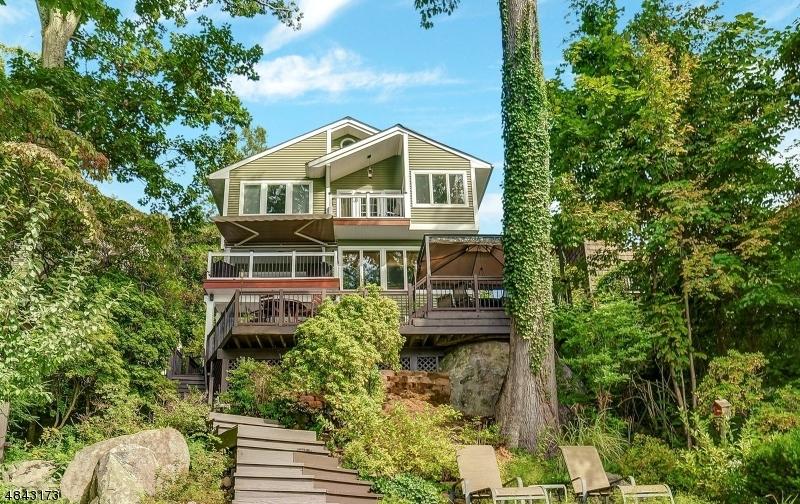 独户住宅 为 销售 在 127 UPPER LAKEVIEW Avenue 令伍特, 新泽西州 07456 美国
