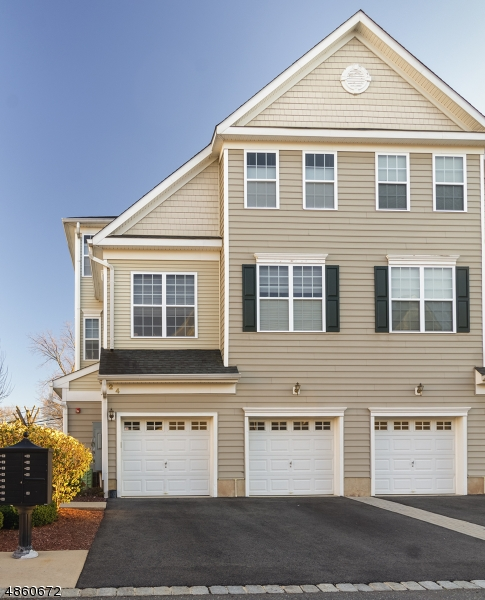 Condo / Townhouse for Sale at South Bound Brook, New Jersey 08880 United States
