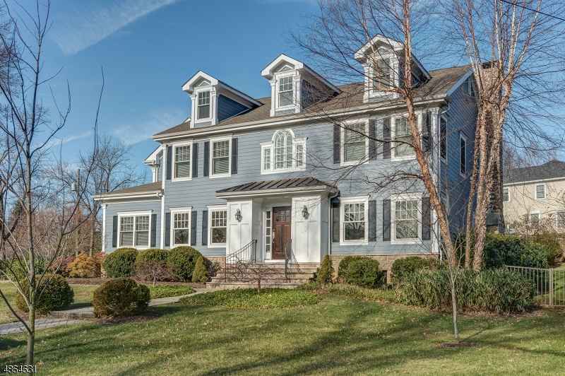 Single Family Home for Sale at 14 COUNTRY CLUB Drive Chatham, New Jersey 07928 United States
