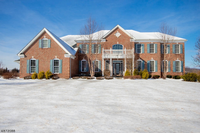 Single Family Home for Sale at 39 High Ridge Lane Frankford Township, New Jersey 07822 United States