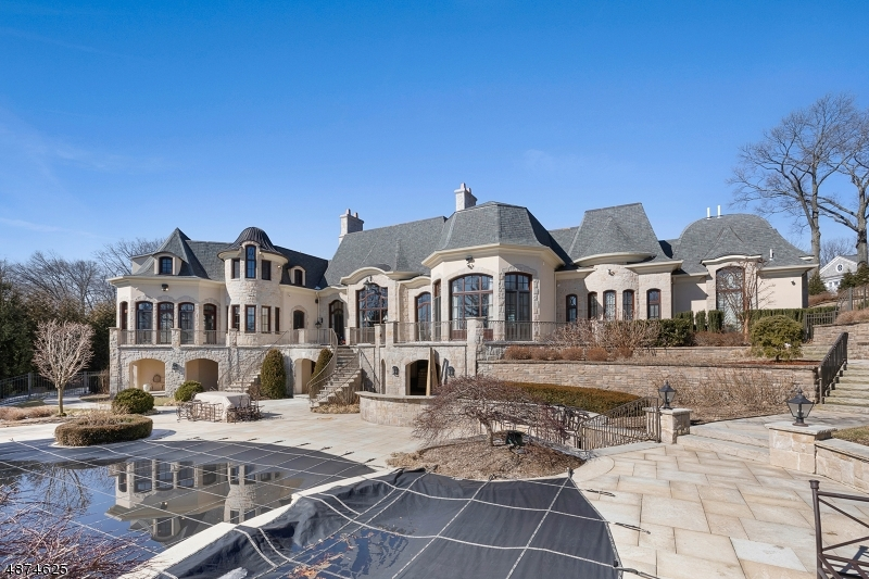 Additional photo for property listing at 9 MILLBROOK LN 9 MILLBROOK LN Franklin Lakes, New Jersey 07417 United States