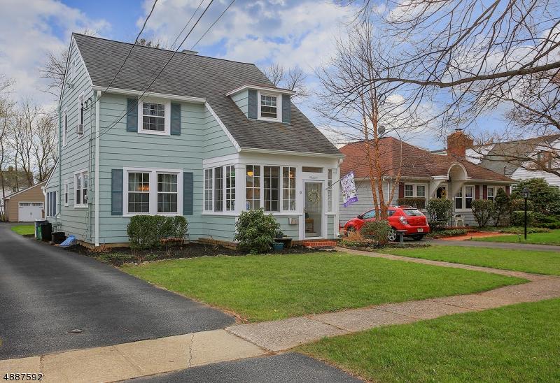 Частный односемейный дом для того Продажа на 18 JAQUI Avenue Morris Plains, Нью-Джерси 07950 Соединенные Штаты
