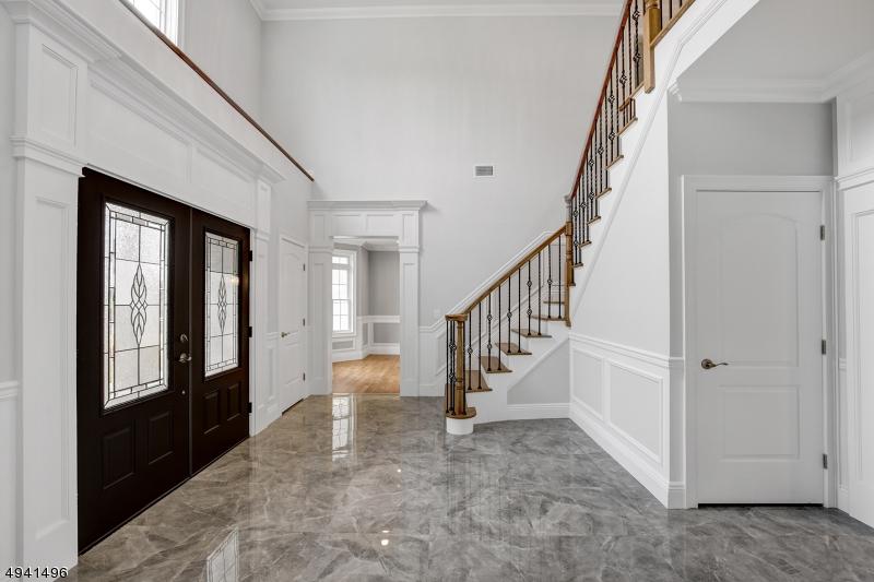 Single Family Homes للـ Sale في Wayne, New Jersey 07470 United States