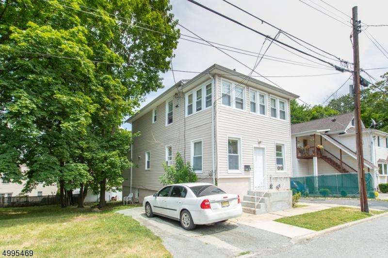 Multi-Family Homes 为 销售 在 北考德维尔, 新泽西州 07006 美国