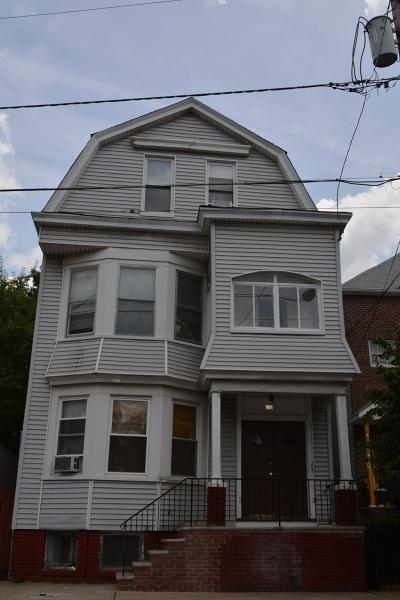 Casa Multifamiliar por un Venta en 620 S 20th Street Newark, Nueva Jersey 07103 Estados Unidos