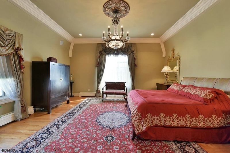 Additional photo for property listing at 263 Glen Place  Franklin Lakes, New Jersey 07417 United States