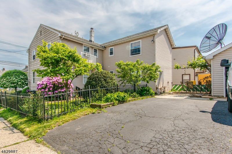 Additional photo for property listing at 735-737 GRIER Avenue  Elizabeth, New Jersey 07202 États-Unis