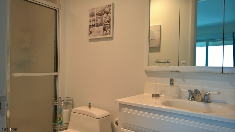 Additional photo for property listing at 261 Alpine Trail  Sparta, New Jersey 07871 États-Unis