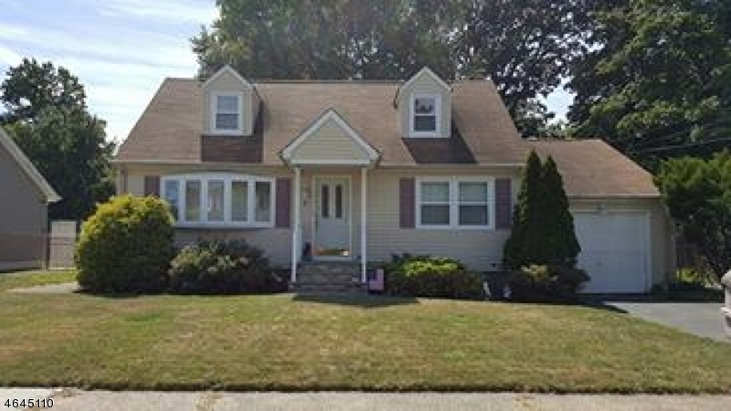 Single Family Home for Sale at 7 Winifred Drive Totowa Boro, 07512 United States