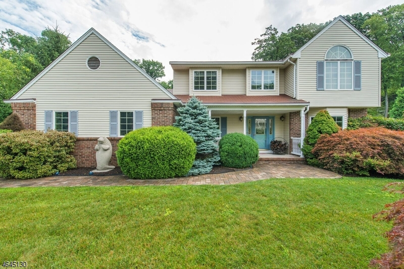 Single Family Home for Sale at 25 Orleans Lane West Milford, New Jersey 07480 United States