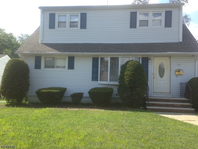 Single Family Home for Sale at 57 Dowling Pkwy Woodland Park, New Jersey 07424 United States