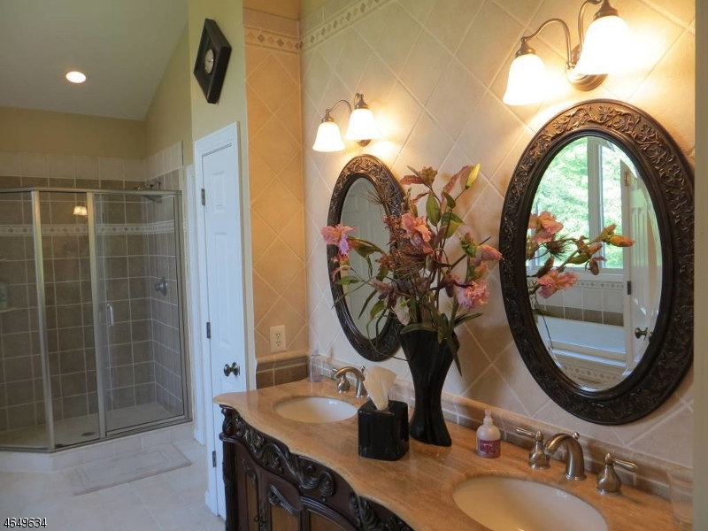 Additional photo for property listing at 4 Fox Run  Andover, New Jersey 07821 United States