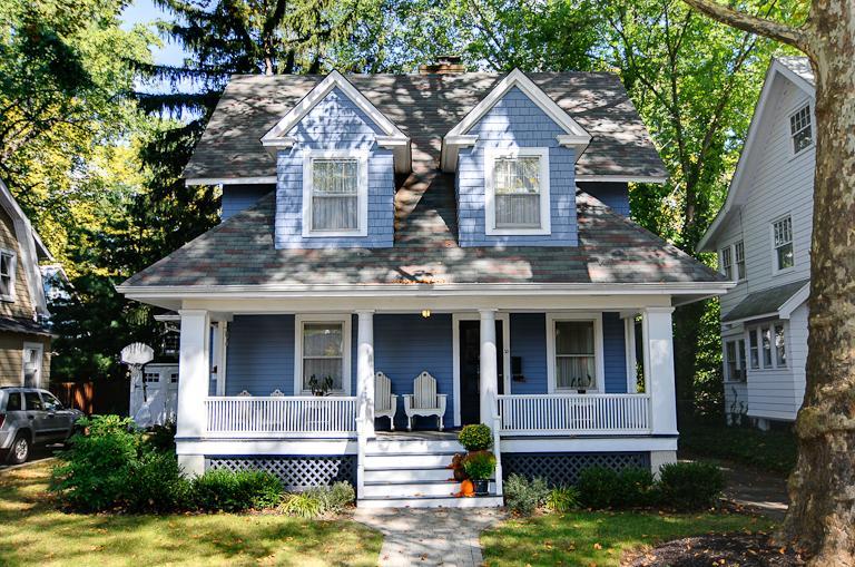 Частный односемейный дом для того Аренда на 10 Laurel Place Glen Ridge, Нью-Джерси 07028 Соединенные Штаты