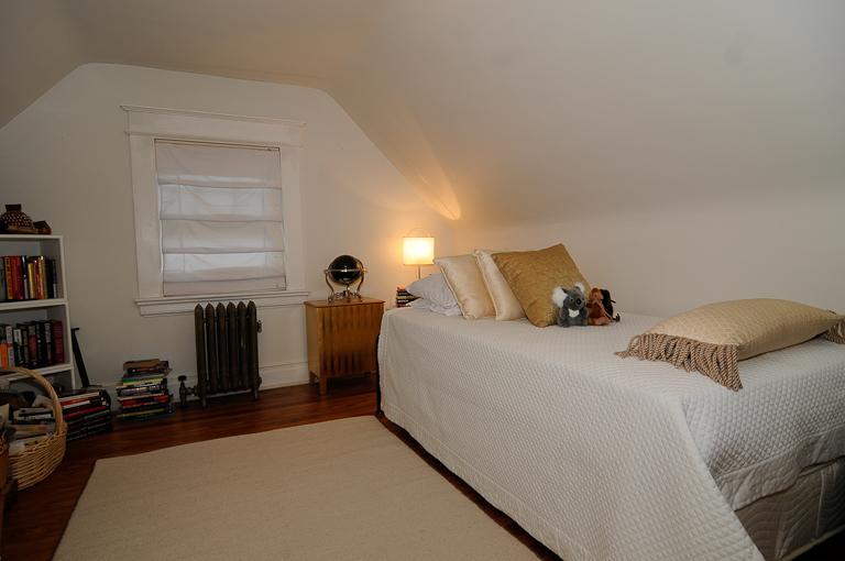 Additional photo for property listing at 10 Laurel Place  Glen Ridge, Нью-Джерси 07028 Соединенные Штаты