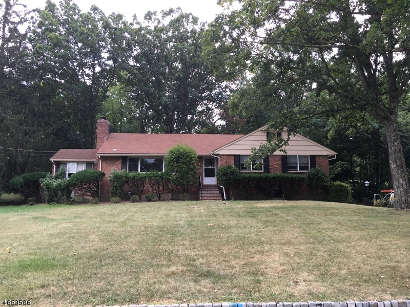Single Family Home for Rent at 4 Hemlock Drive Caldwell, 07006 United States