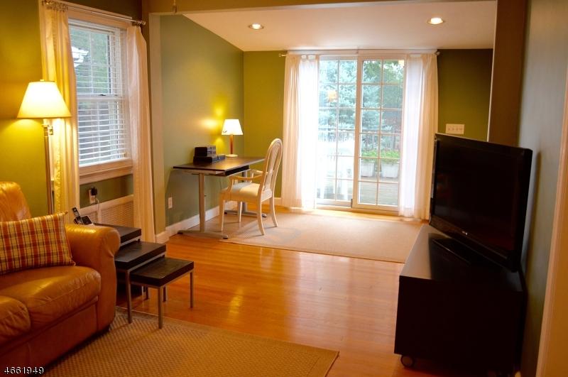 Additional photo for property listing at 621 Woodland Avenue  Roselle Park, Nueva Jersey 07204 Estados Unidos