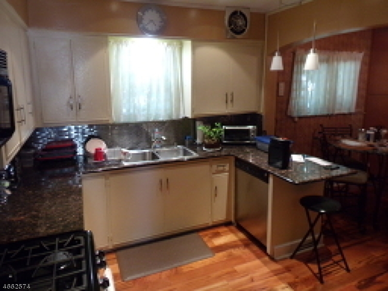 Additional photo for property listing at Address Not Available  纽瓦克市, 新泽西州 07108 美国