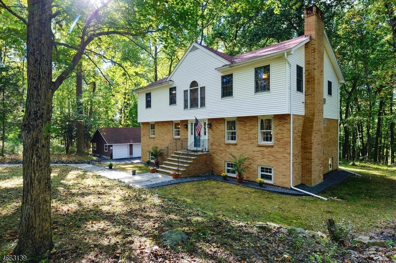 Additional photo for property listing at 103 Mountain Top Road  Glen Gardner, Nueva Jersey 08826 Estados Unidos