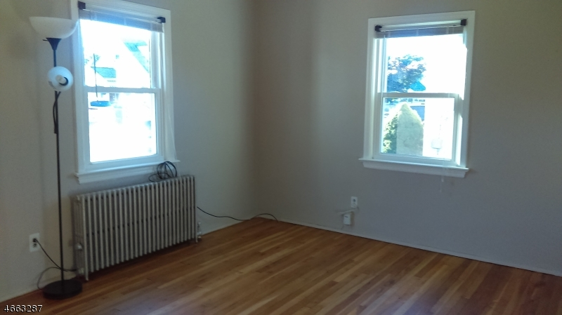 Additional photo for property listing at 70 Willard Avenue  Totowa Boro, New Jersey 07512 United States