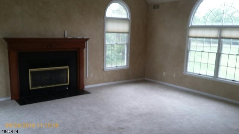 Additional photo for property listing at 4 VAN FLEET Road  Neshanic Station, Nueva Jersey 08853 Estados Unidos