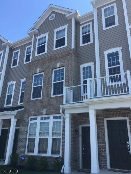 独户住宅 为 销售 在 5 KENNEDY Lane Wood Ridge, 新泽西州 07075 美国