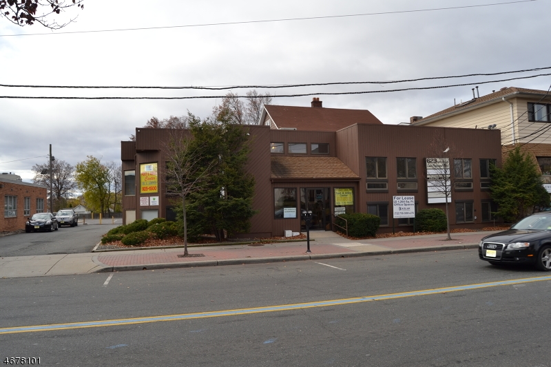 Commercial for Sale at 623 N Wood Avenue Linden, New Jersey 07036 United States